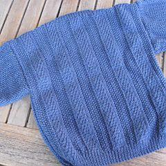 baby-trui-blauw-kabel-acht.jpg