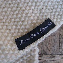 sjaal-ecrui-detail..jpg